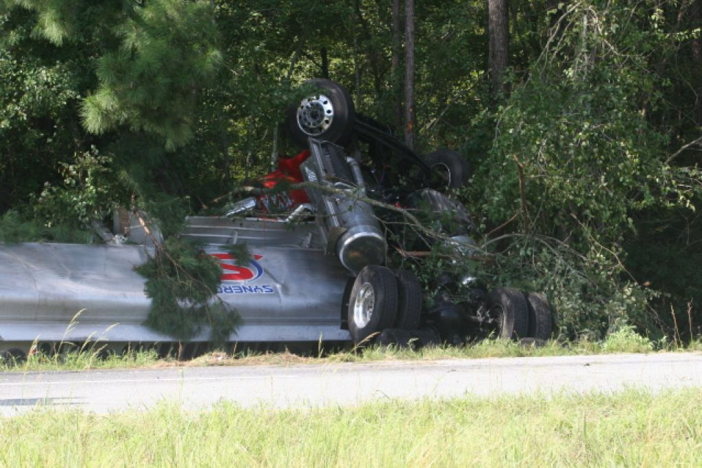 Atkinson County accident claims life of truck driver, closes