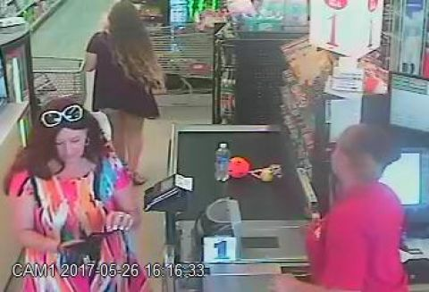 Alma PD looking for suspected counterfeiters