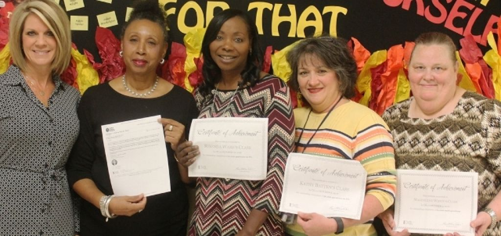 6th Grade math teachers receive IXL recognition