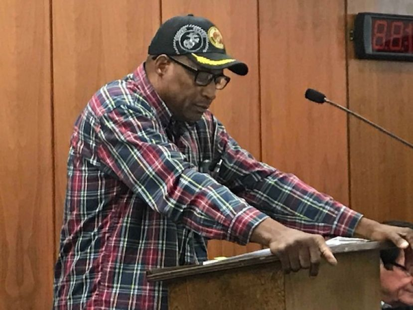Roscoe Allen addresses the Douglas City Commission during the pre-meeting work session on Nov. 26, 2018.