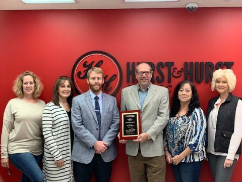 PASBA presents Robb Hurst with Accounting Firm of the Year Award