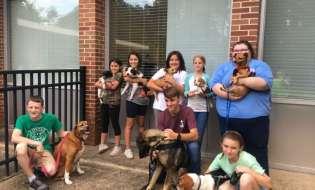 Pet Therapy Club visits Vista Park