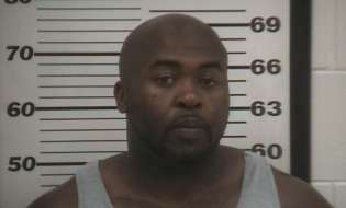 Suspected dealer swallows drugs, slips out of hospital before officers get arrest warrants
